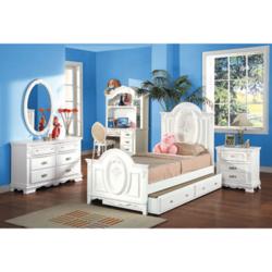 白色贴皮儿童家具组