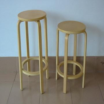 儿童桌椅 儿童桌凳 弯曲木凳子 架子 餐桌椅 ● ● ● 企业信息 青岛