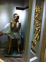 铜雕--玛丽莲梦露