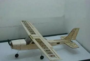轻木飞机制作过程