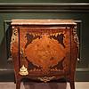法国路易十五式椴木/橡木贴面开门柜