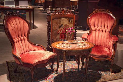 英国上世纪维多利亚风格情侣沙发