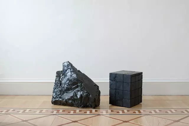 Making Marble From Coal by 伦敦艺术家、设计师 Jesper Eriksson