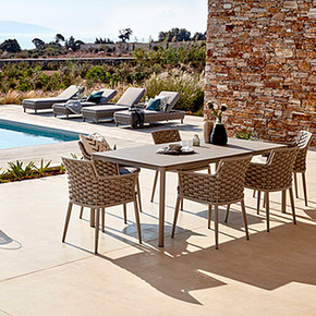 LEON Outdoor Table and Chair
