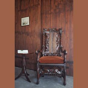 17世纪中期哥特式扶手靠背椅(加拿大皇家博物馆收藏)