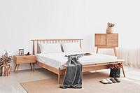 Modern minimalist Japanese style solid wood vertical backrest bed original design bedroom furniture double bed